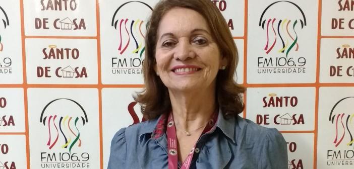 Reitora Nair Portela concede entrevista no Rádio Opinião desta quarta-feira
