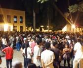 Show de aniversário de 30 anos da Universidade FM atrai centenas de pessoas à Praça Nauro Machado