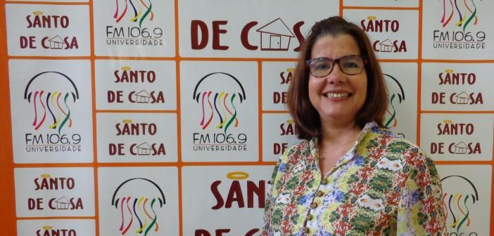 """No Santo de Casa, a cantora Anna Cláudia fala sobre o lançamento do CD """"Bons Tempos"""""""