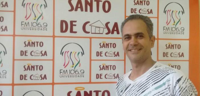 """Raimundo Reis fala sobre o espetáculo """"A Rainha da Zona"""", no Santo de Casa"""
