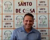 """Santo de Casa recebe o cantor Alessandro Batista para falar sobre o show """"Eles por Ele"""""""
