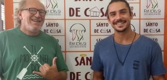 """Santo de Casa recebe Gerude e João Gerude para falar sobre o show """"La Gira"""""""